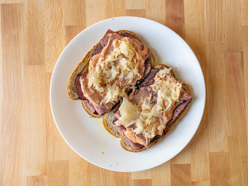 Pastrami reuben interior