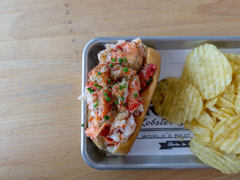 Freshies Lobster Roll